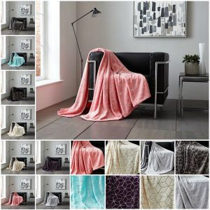 Metallic Cube Flannel Throw – Supersoft